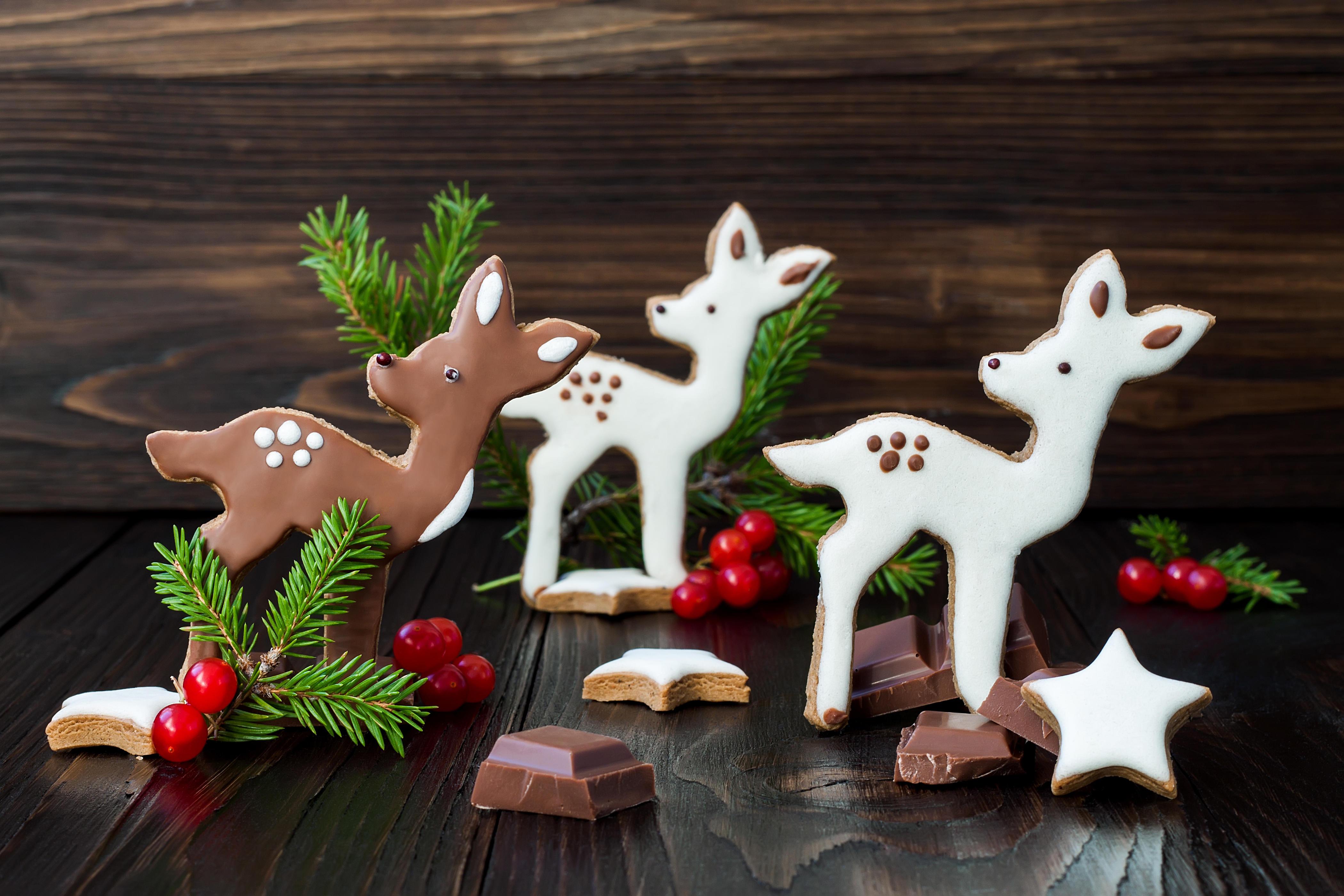 Обои праздник, новый год, печенье, глазурь