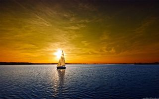 Фото бесплатно море, яхта, парус, горизонт, побережье, небо, солнце, закат