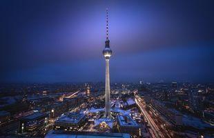 Заставки Берлин, телебашня, ночь